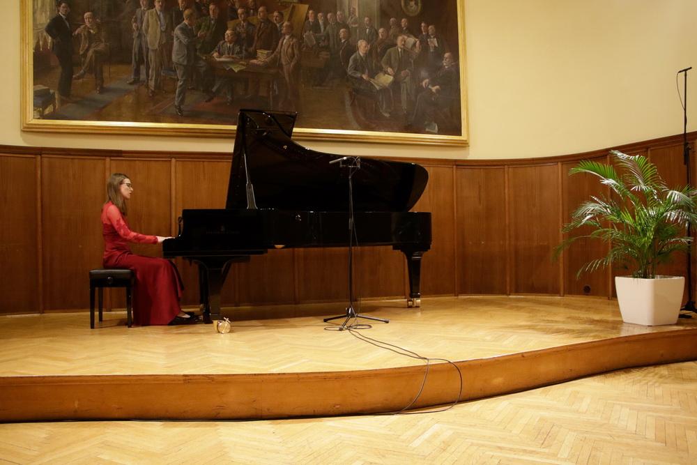 Sara Köveš, Foto: Goran Antlej
