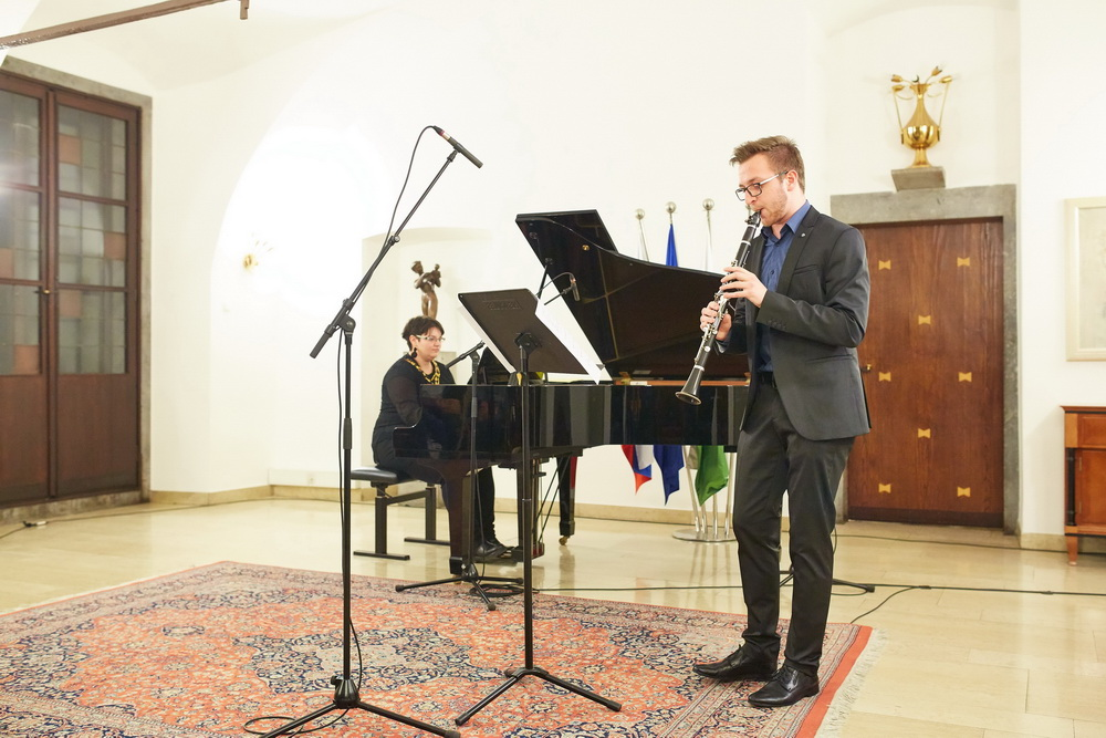 Jan Ulaga, klarinet, Tea Andrijić, klavir, Foto: Janez Kotar